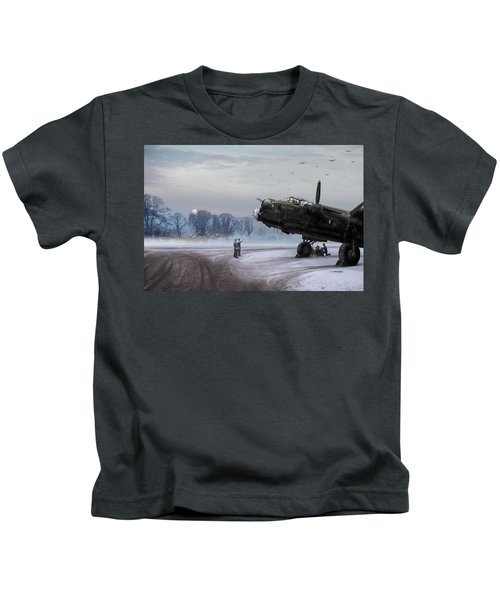 Time To Go - Lancasters On Dispersal Kids T-Shirt