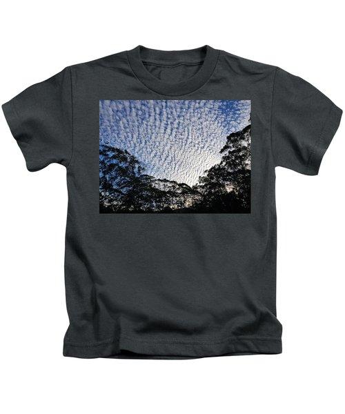 Towen Mountain  Kids T-Shirt