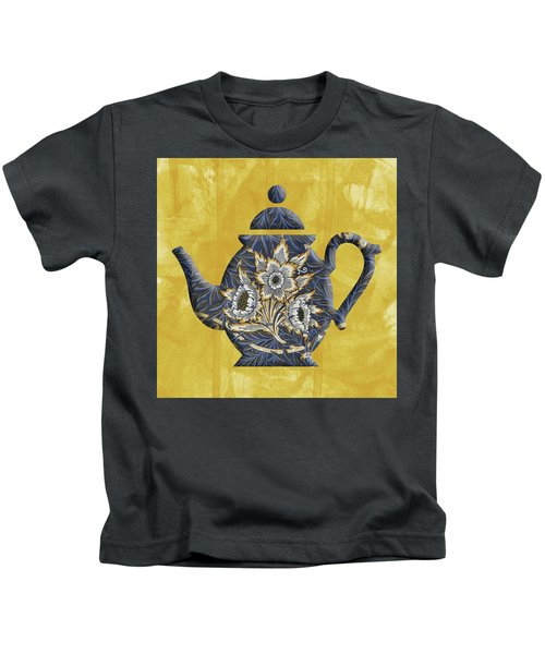 Tulips And Willow Pattern Teapot Kids T-Shirt