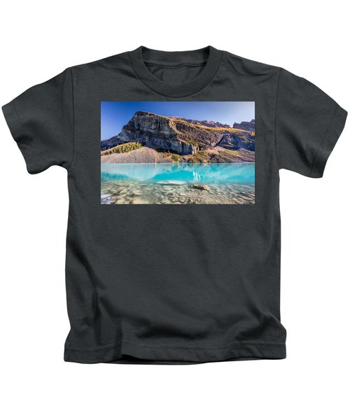 Turquoise Water Of The Scenic Lake Louise Kids T-Shirt
