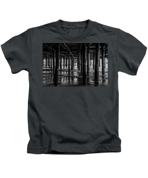 Under The Pier - Black And White Kids T-Shirt