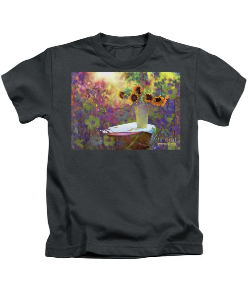Vase De Fleurs 2017 Kids T-Shirt