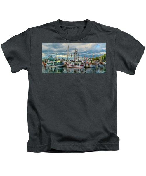 Victoria Harbor Boats Kids T-Shirt