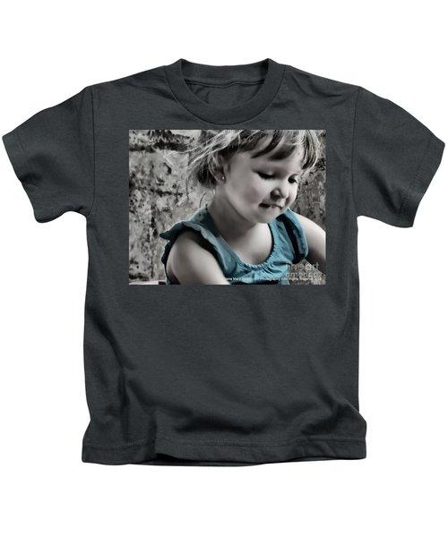 Victoria In Blue Kids T-Shirt
