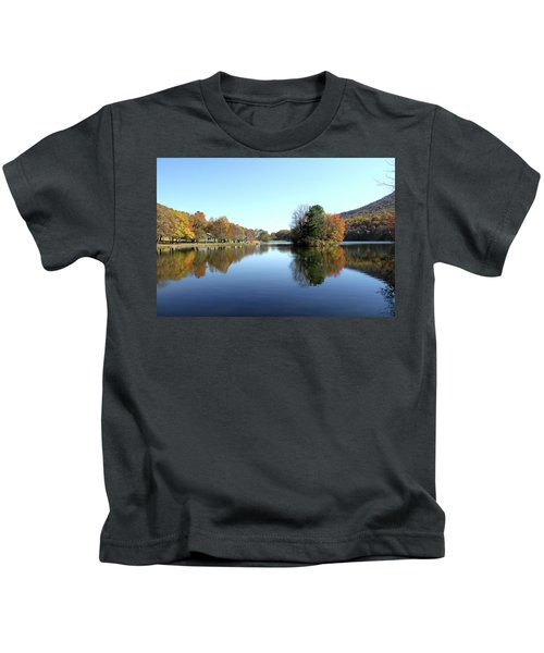 View Of Abbott Lake With Trees On Island, In Autumn Kids T-Shirt
