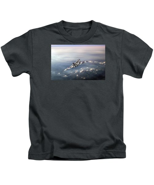 Vulcan Over The Channel Kids T-Shirt