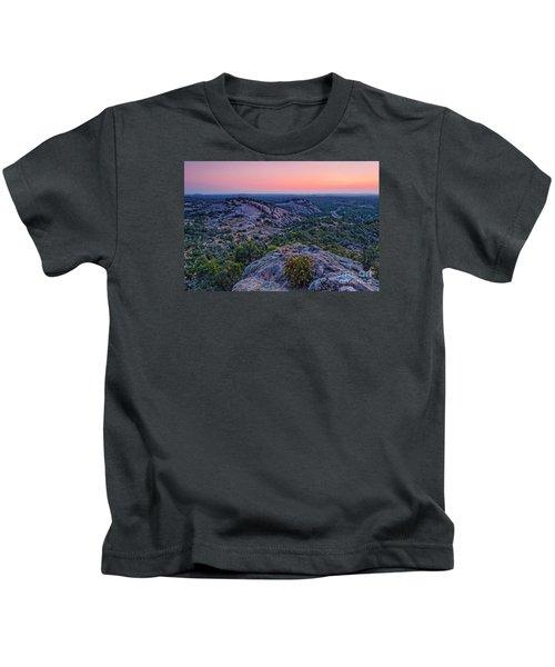 Waiting For Sunrise At Turkey Peak - Enchanted Rock Fredericksburg Texas Hill Country Kids T-Shirt