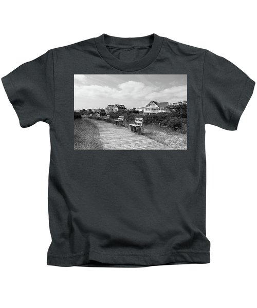 Walk Through The Dunes In Black And White Kids T-Shirt