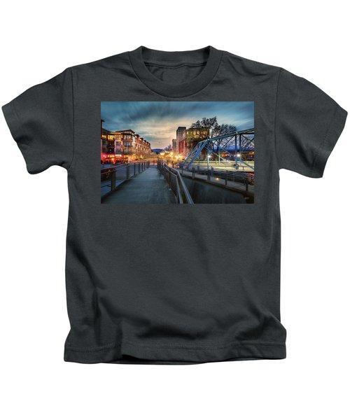 Walnut Street Circle Sunset Kids T-Shirt