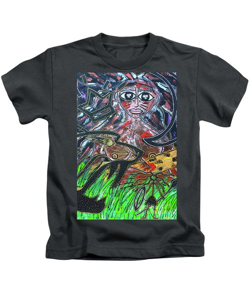 Warrior Spirit Woman Kids T-Shirt