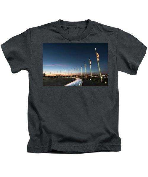 Washington Monument Flags Kids T-Shirt