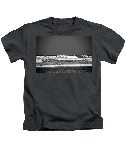 Waves 2 In Bw Kids T-Shirt