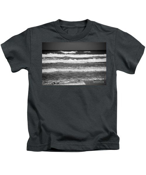 Waves 3 In Bw Kids T-Shirt