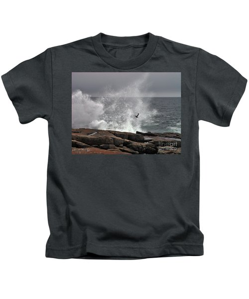 Waves Crashing  Kids T-Shirt