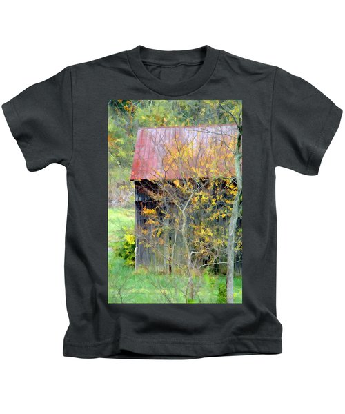 Weathered Barn 2 Kids T-Shirt