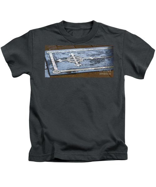 Wells Cathedral Tomb Kids T-Shirt
