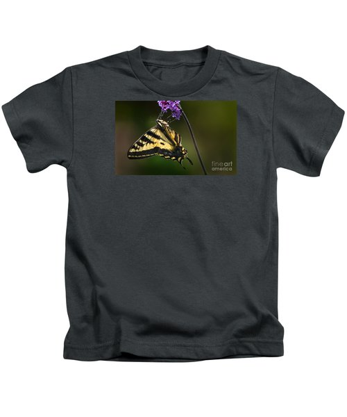 Western Tiger Swallowtail Butterfly On Purble Verbena Kids T-Shirt
