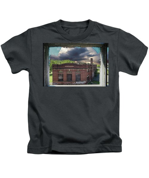 Westinghouse In A Storm Kids T-Shirt