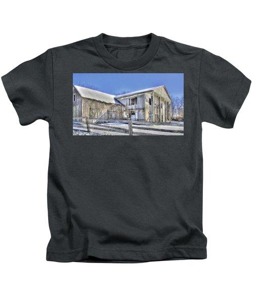 Winter Barn 2 Kids T-Shirt