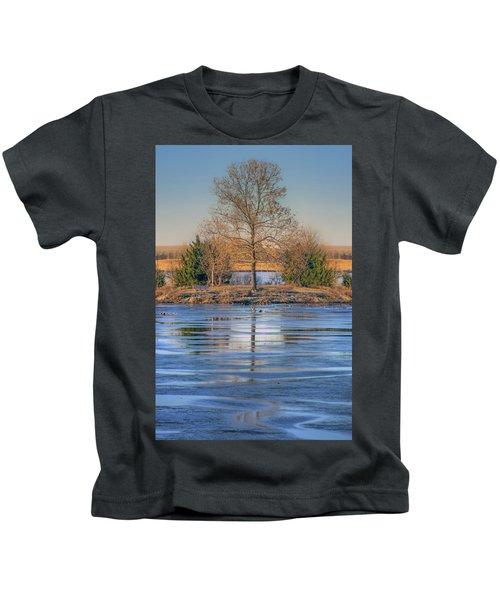 Winter Tree - Walnut Creek Lake Kids T-Shirt