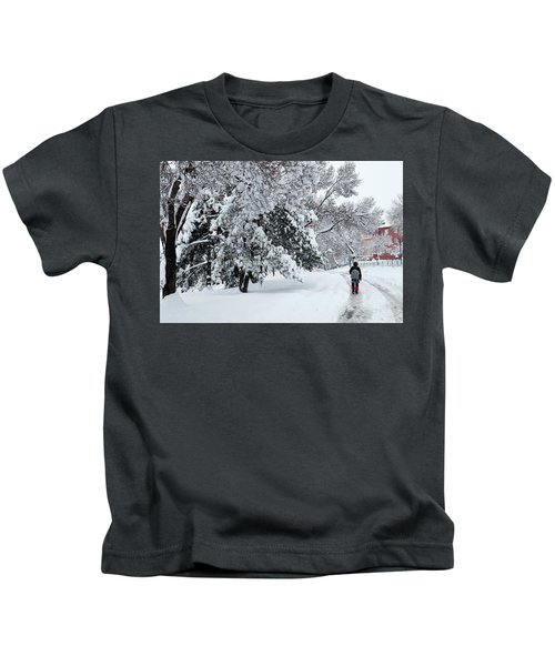 Winter Trekking-3 Kids T-Shirt