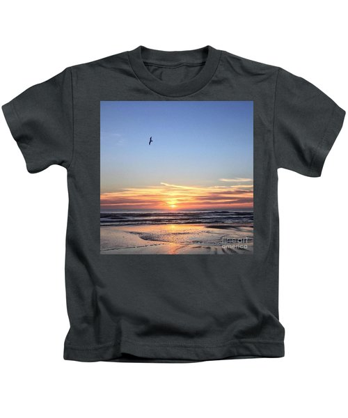 World Gratitude And Peace Day Kids T-Shirt