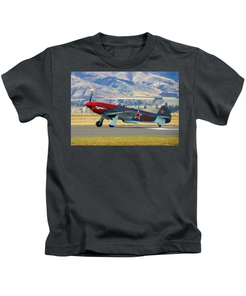 Yakovlev Yak 3-m Kids T-Shirt by Bernard Spragg