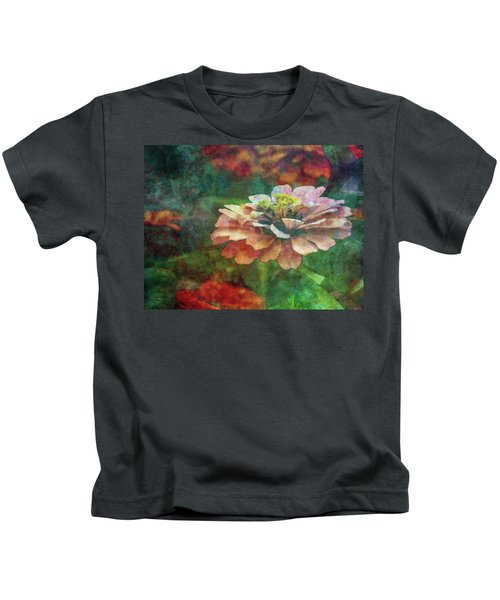 Zinnia Impression 1120 Idp_2 Kids T-Shirt