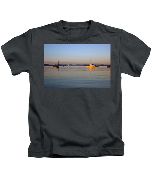 10/11/13 Morecambe. Fishing Boats Moored In The Bay. Kids T-Shirt