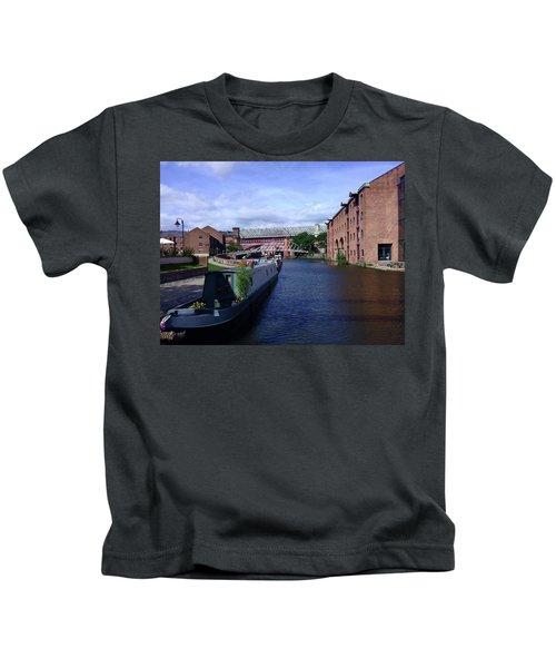 13/09/18  Manchester. Castlefields. The Bridgewater Canal. Kids T-Shirt