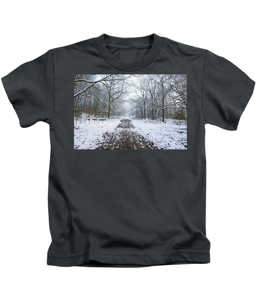 30/01/19  Rivington. Lower Barn. Arboretum Path. Kids T-Shirt