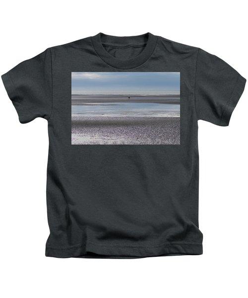 Alaska Brown Bear On The Shore Kids T-Shirt