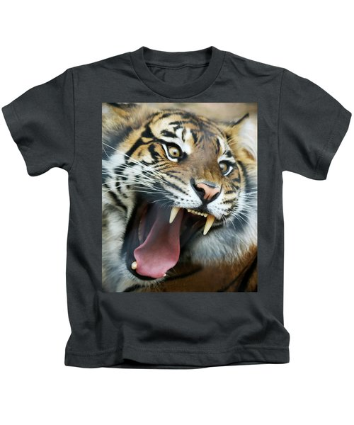 An Angry Tiger Roars Fiercely Kids T-Shirt