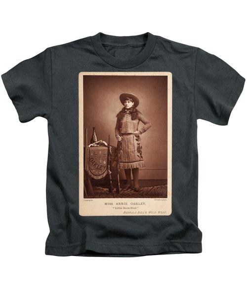 Annie-oakley-woodburytype-cabinet-card-c1890s Kids T-Shirt