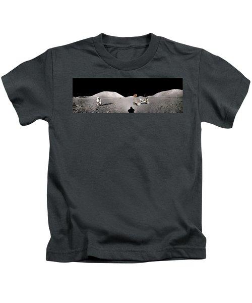 Apollo 17 Taurus-littrow Valley The Moon Kids T-Shirt