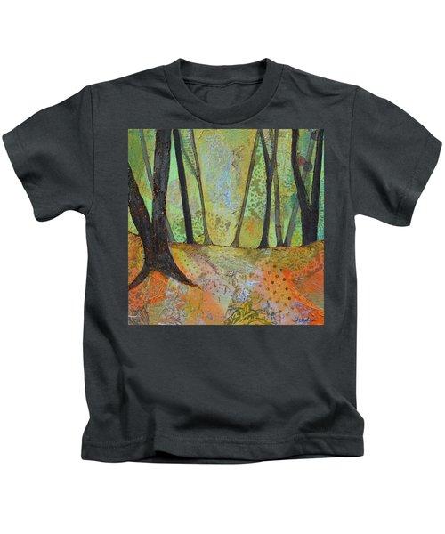 Autumn's Arrival I Kids T-Shirt