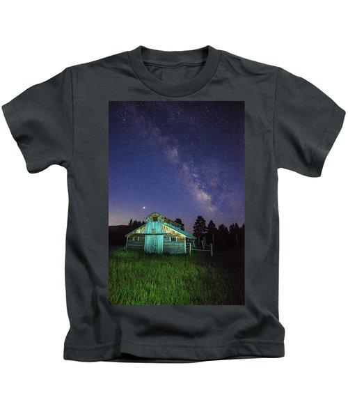 Barn In Rocky 2 Kids T-Shirt