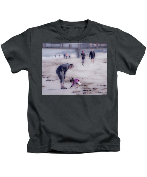 Clearwater Beachcombing Kids T-Shirt