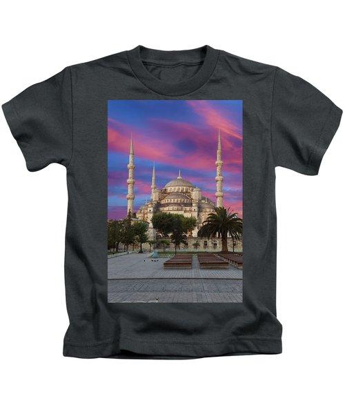 Early Morning Light On  Sultan Ahmet Camii Kids T-Shirt