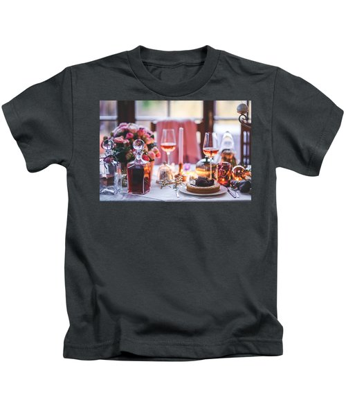 Elegant Tablewear Kids T-Shirt