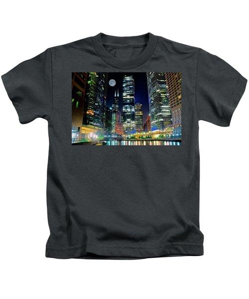 Fabulous Full Moon Over The Windy City Kids T-Shirt