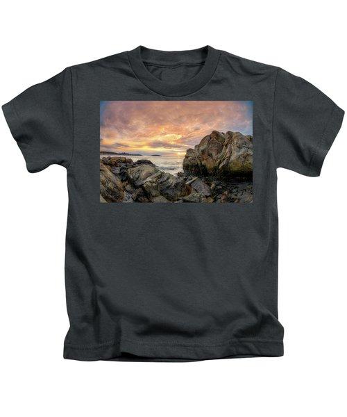 Good Harbor Rock View 1 Kids T-Shirt