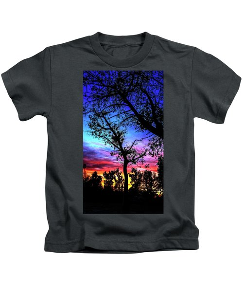 Good Night Leaves In Fall Kids T-Shirt