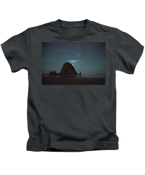 Haystack Under The Stars Kids T-Shirt
