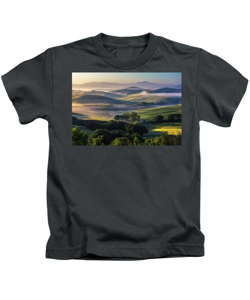 Hilly Tuscany Valley Kids T-Shirt