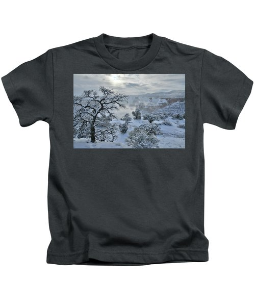 Independence Canyon At Sunrise In Colorado National Monument Kids T-Shirt
