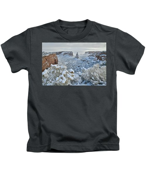 Independence Monument In Snow Kids T-Shirt