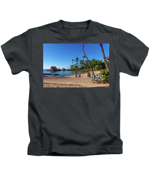 Kamakahonu Beach Kids T-Shirt