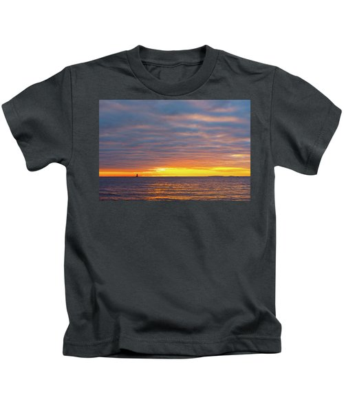 Light On The Horizon Kids T-Shirt