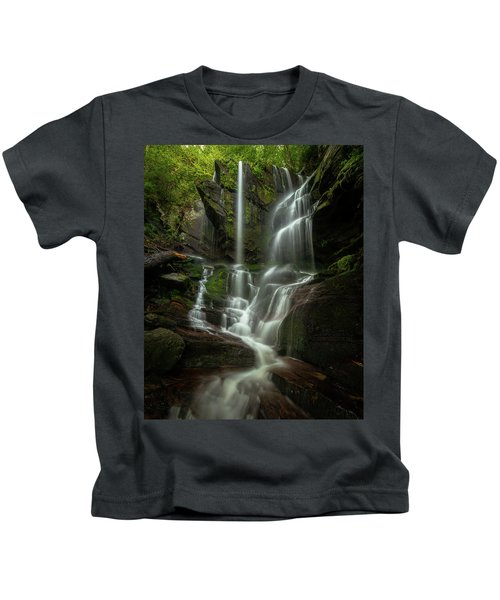 Linville Gorge - Waterfall Kids T-Shirt